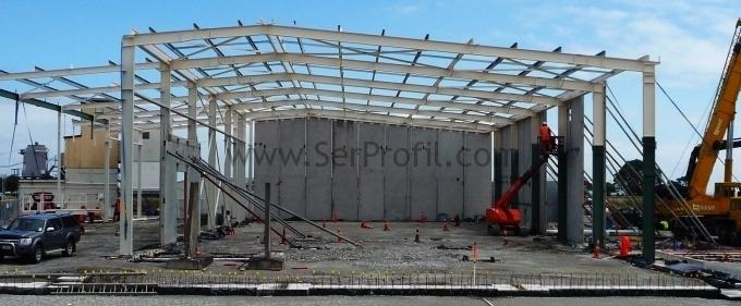 15×30 Metre Ebatlarında Çelik Konstrüksiyon Duvar Çatı Sandviç Fabrika Depo Fiyatları
